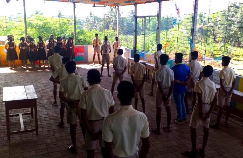 Dempo Vishwa Gramshala provides Navelim campus with anti-Covid kit